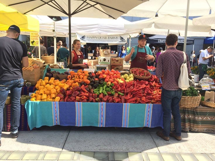11 Tips for a fruitful trip to the farmers market http://www.vegetarianzen.com