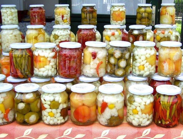 Simple Ways to Make Pickled Vegetables https://www.vegetarianzen.com